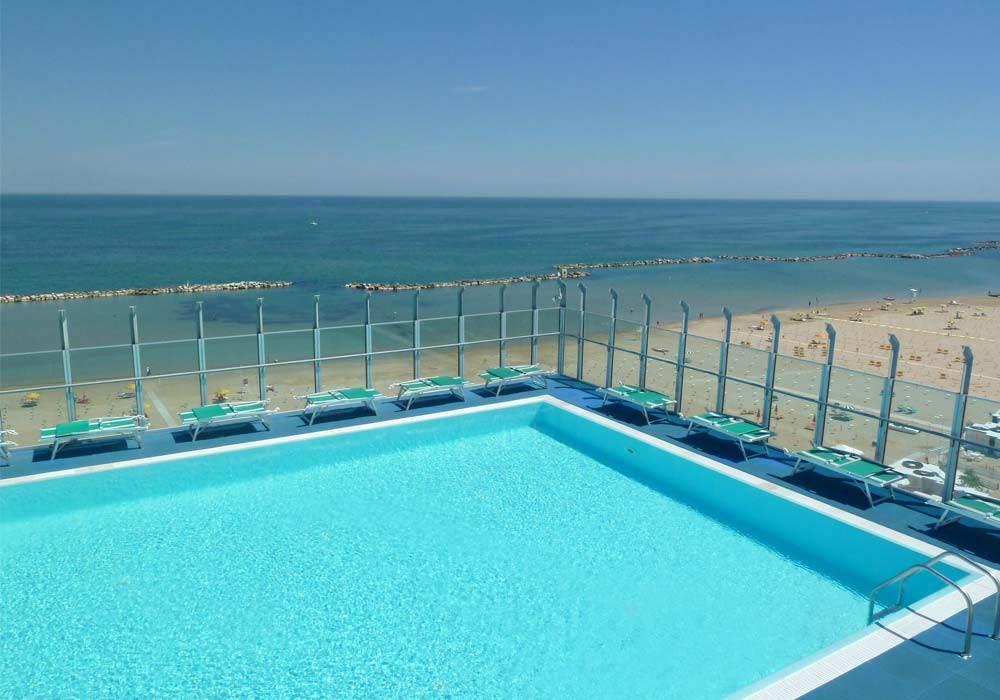 Hotel Gabicce con piscina